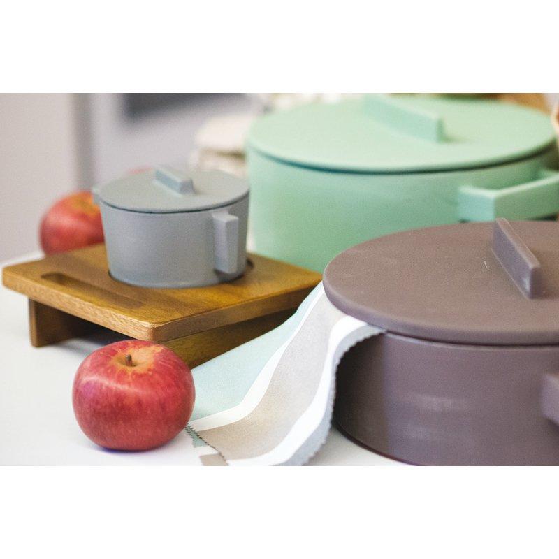 Saucepot stand - Cast iron cookware accessories